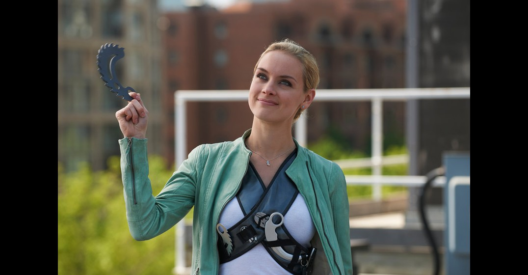 Lost Girl: I Was Born To Be A Gryphon!Lost Girl Dyson S Partner