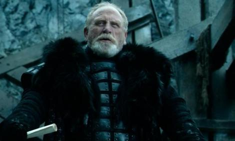 Lord Commander Mormont!!! Noooooo!! I mourn your loss.