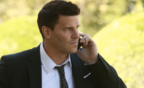 Booth finds out that Pelant is still watching them and decides he can't marry Bones.