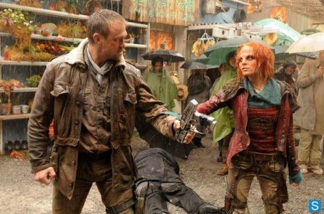Irisa stops the fight between Nolan and Datak, only to finish the fight herself when he lays on the ground cackling about Nolan's inability to finish the job.