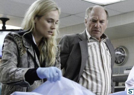 Sonya with her boss, Lt. Hank Wade, who I gather is long suffering, tough, but patient and kind with her...