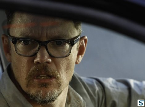 Surprise! Matthew Lillard is on this show! And he's about to be blown up!