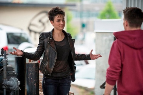 Who else really likes this character? I'm crossing my fingers that she doesn't die.